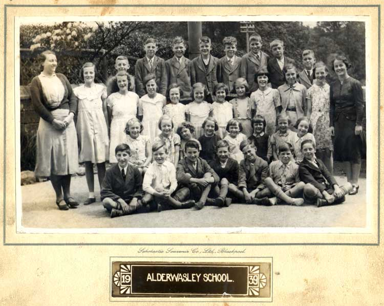 Photograph of Alderwasley School in 1939