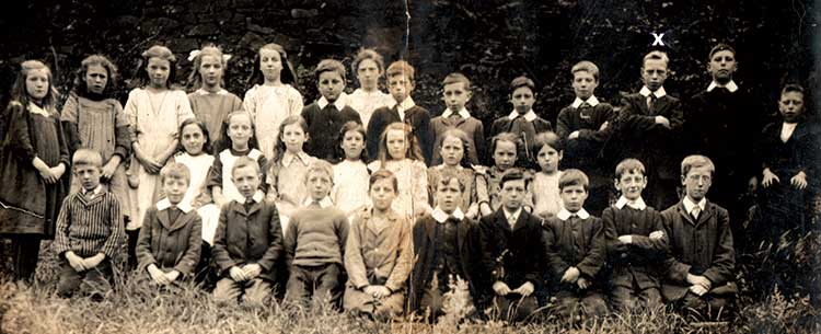 Photograph of Crich Carr Pupils c1915